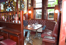 big ben pub oberrieden gastrof hrer bar pub. Black Bedroom Furniture Sets. Home Design Ideas